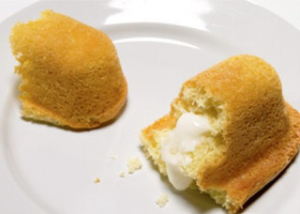 Twinkies on a plate